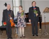 Von links: Malte Hübner, Claudia Wolf, Prof. Waldemar Wild
