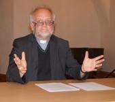 Peter Paul Gregor, Pfarrer der Römisch-Katholischen Pfarrgemeinde Hoyerswerda beim Hoyerswerdaer Kunstverein