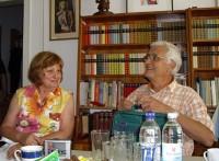 Manfred Pilz besucht mit seiner Frau des öfteren die Reimann-Begegnungsstätte in Hoyerswerda