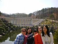 Kira mit koreanischen Freunden