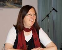 Róža Domašcyna liest beim Hoyerswerdaer Kunstverein 2015