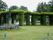 Park am Schloss Branitz, mit Pergola und Venus