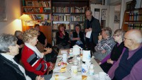 Mit dem Kunstverein und Gästen in der Brigitte-Reimann-Begegnungsstätte in Hoyerswerda